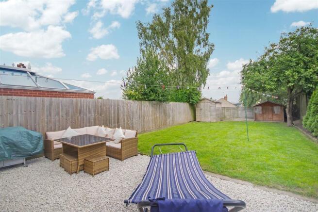 59 Flaxley garden 2.jpg