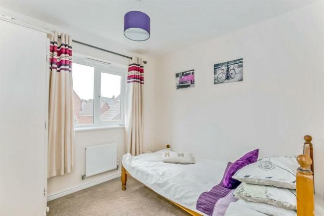 Upper bedroom.jpg