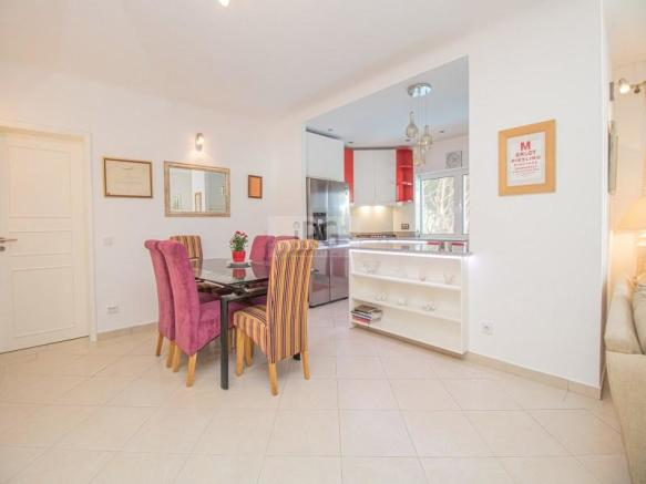 Vale do Lobo apartment with private pool