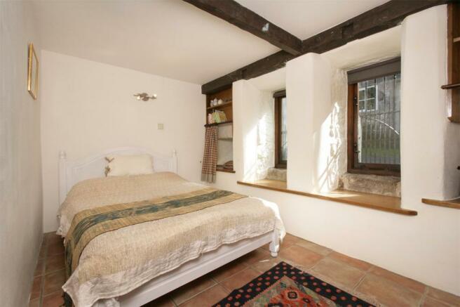 Cottage Bed 2