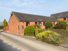 Photo of Pirehill Grange, Green Lane, Whitgreave, ST18 9RY