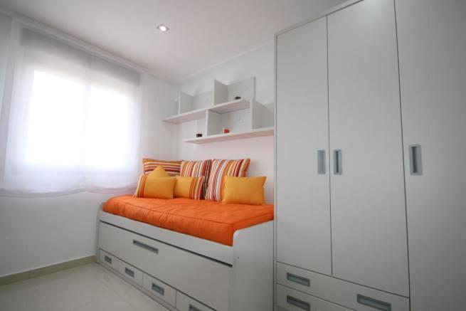 2 or 3 BEDROOMS