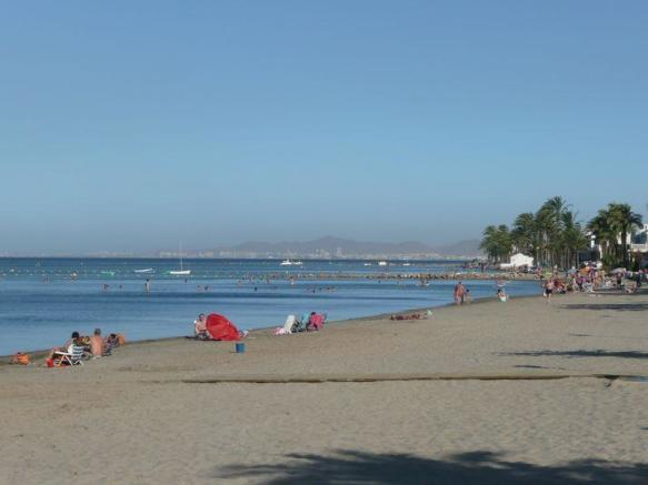 MAR CRISTAL BEACH