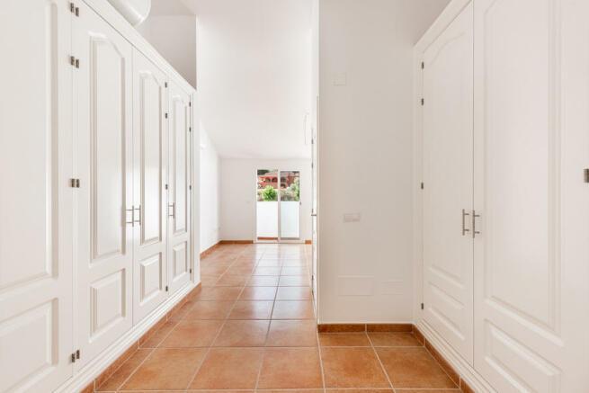 3 bedroom town house for sale in Benahavís, Málaga ...