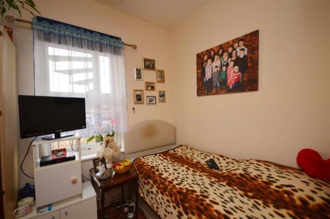Bed 2 Flat 2 Whitecross.JPG