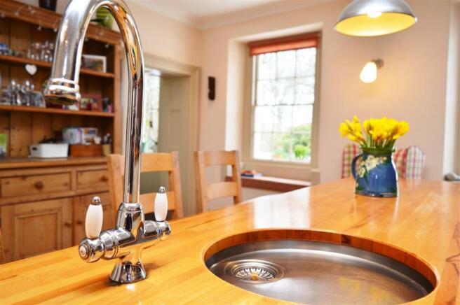 Kitchen Sink Detail.JPG