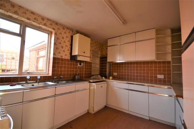 Kitchen example Eign Road.JPG