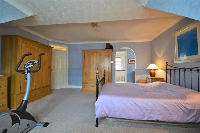 Master Bedroom Williams.JPG