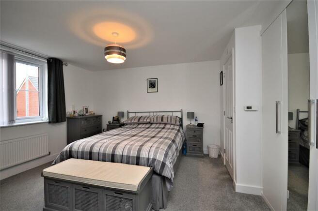 12 Bedroom 1 St Petersfield.JPG