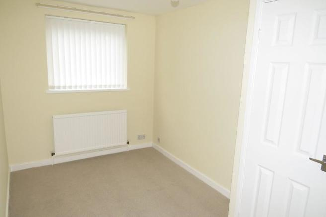 BEDROOM/STUDY/ADDITIONAL RECEPTION OFF