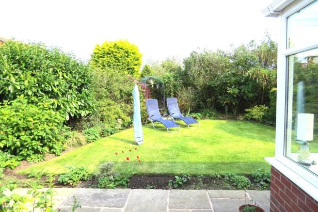ATTRACTIVELY LANDSCAPED PRIVATE REAR GARDEN