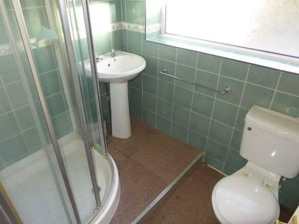 Ground Flr Shower Room