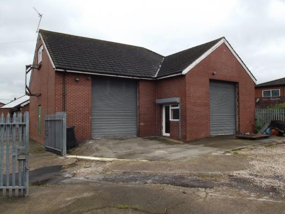 Workshop for sale in 1 Railway Street, Grimsby, Lincolnshire, DN32, DN32