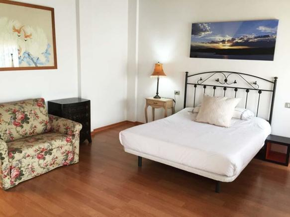 36-4th-bedroom-1