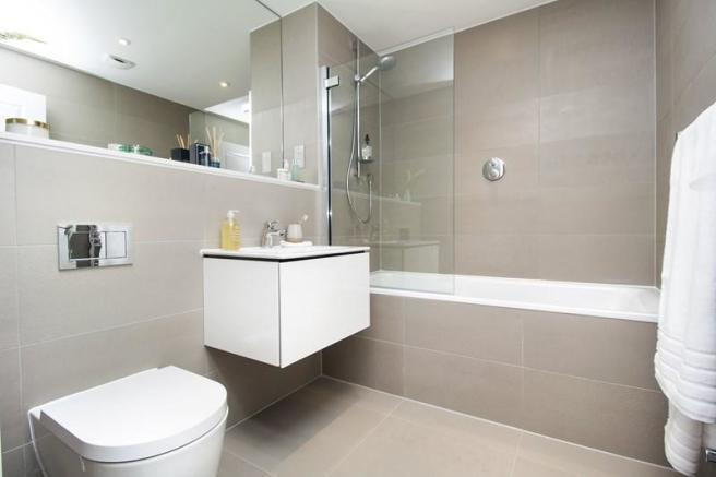5 Bedroom Property For Sale In 108b Purley Downs Road