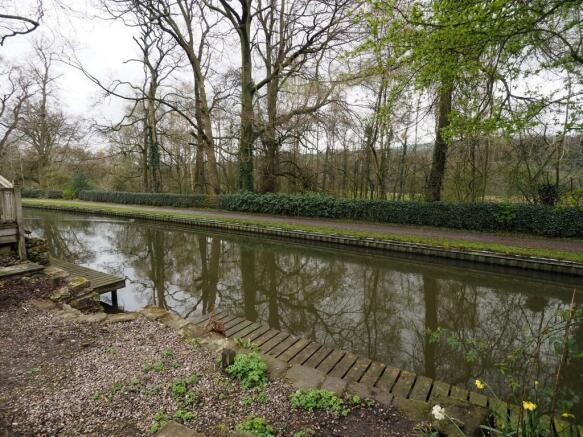 Canal & Mooring