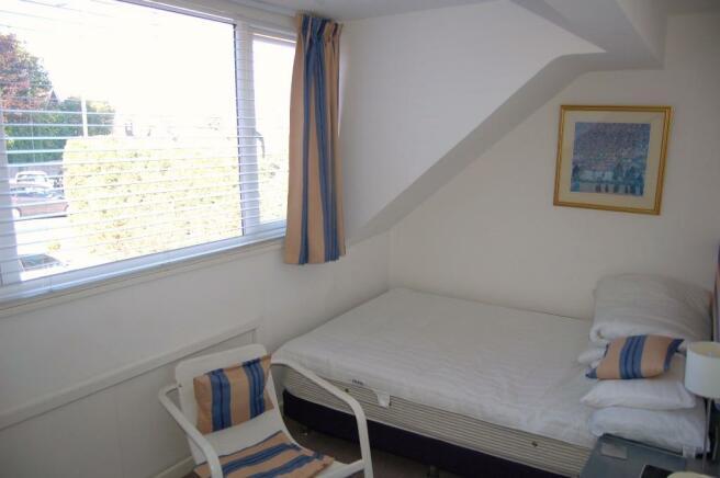 Guest Room 7