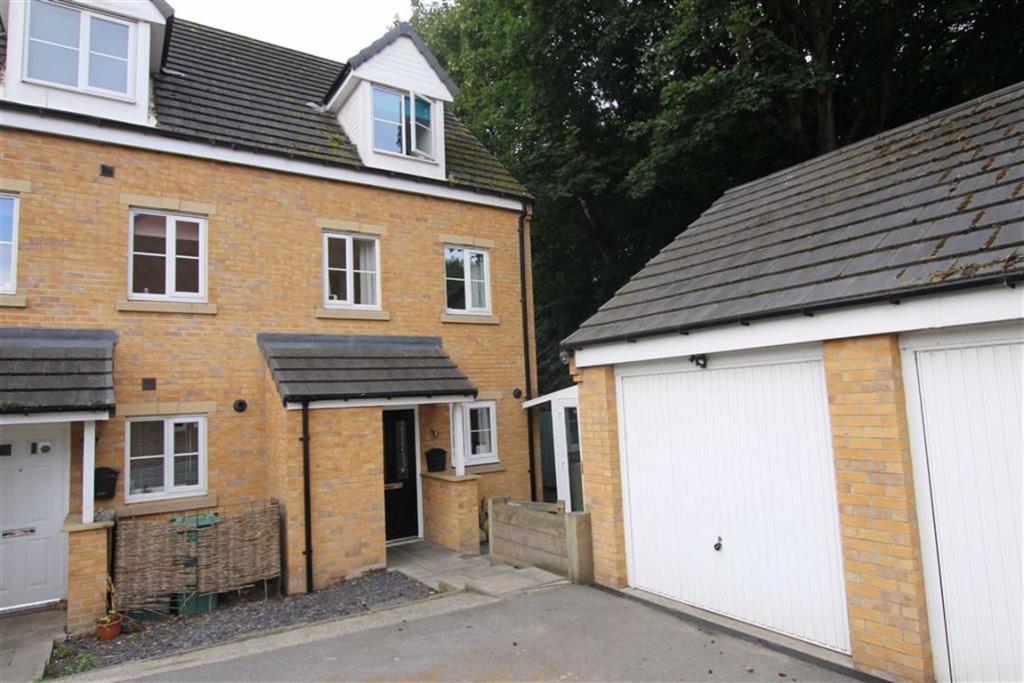 3 bedroom town house  Hawthorn Lane, Cleckheaton