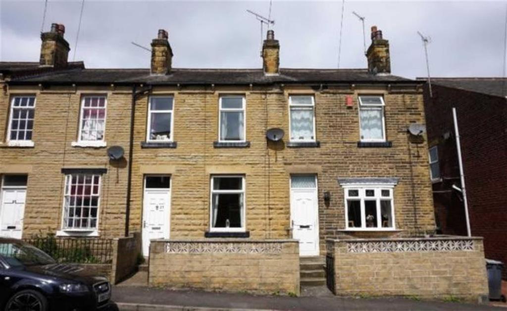 3 bedroom terraced house  Pearl Street, Batley