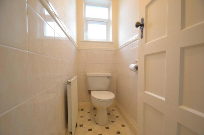Upstairs toilet.jpg