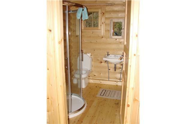 LogCabin.Bathroom