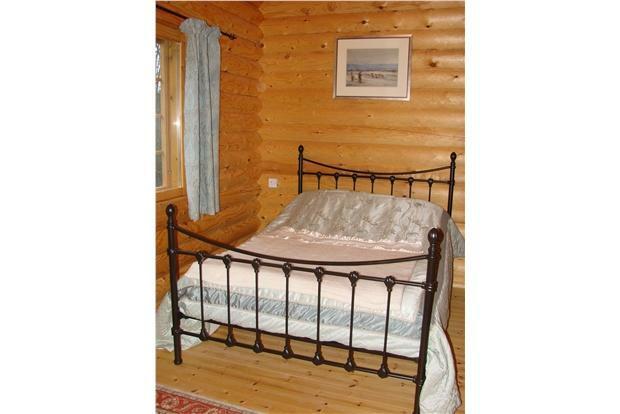 LogCabin.Bedroom