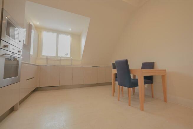 kitchen 1 2.jpg