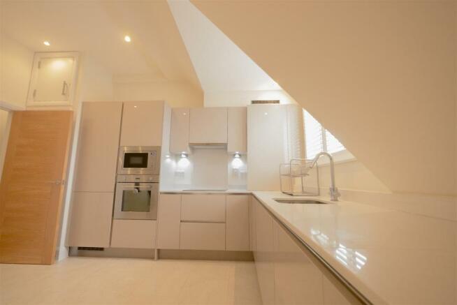 kitchen 1 3.jpg