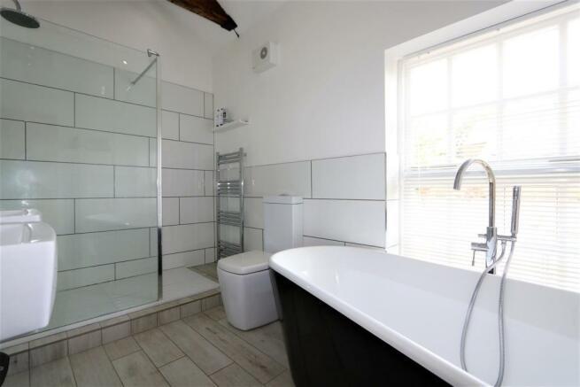 STYLISH BATHROOM