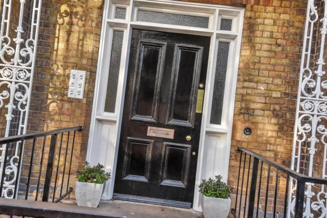 Laundon House WEB PH-6.jpg
