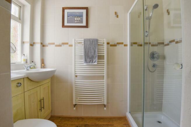 Bathroom/Shower Room