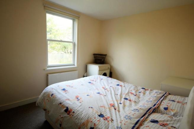 Bedroom 1 (Main)