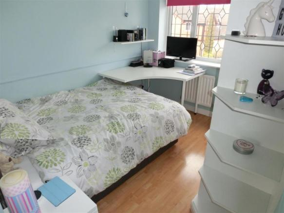 Sycamore Drive 37 Bed3.jpg