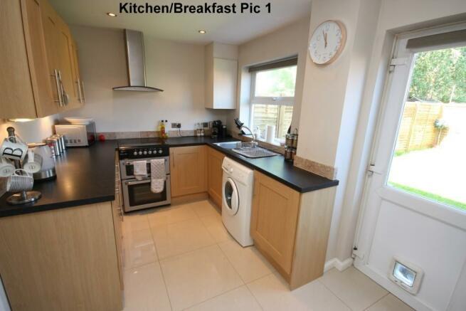 Kitchen/Breakfast 1