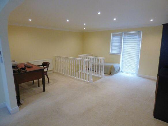 Upstairs Suite