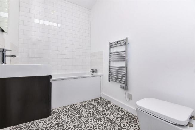 bathroom photo.jpg