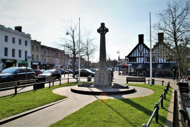 Biggleswade Town ...