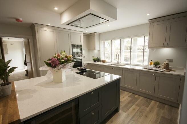 Typical Kitchen/B...