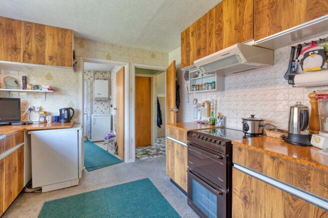 Kitchen to Utilit...