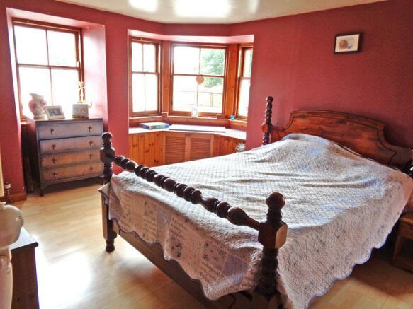 BEDROOM 1 LEFT