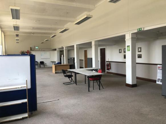 PHOTO 1  Office Suite Portsmouth Guildhall  inte