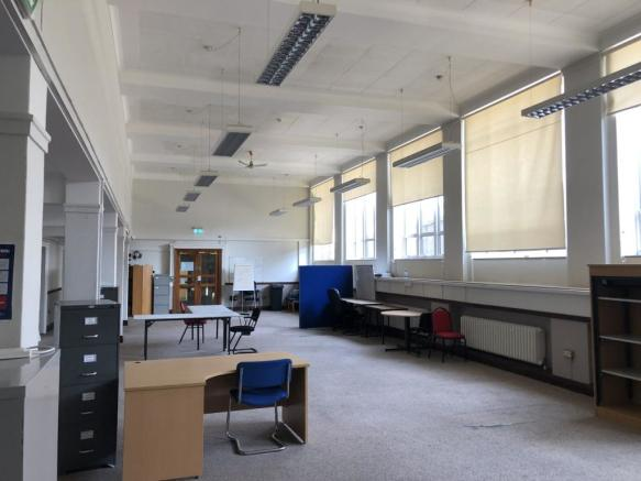 PHOTO 2  Office Suite Portsmouth Guildhall  inte