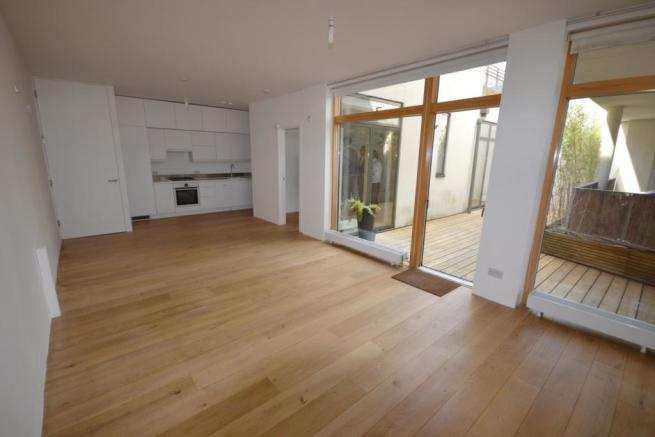 31ft Open Plan Kitchen & Lounge