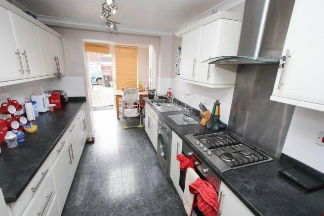 Plenty of kitchen