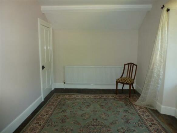 Bedroom 5: