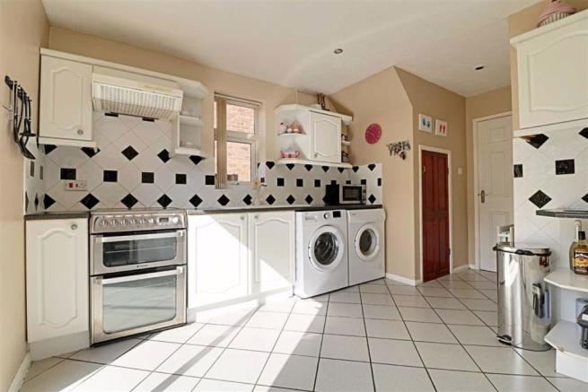 RE-FITTED KITCHEN measuring