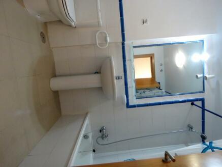 Enauite Bathroom
