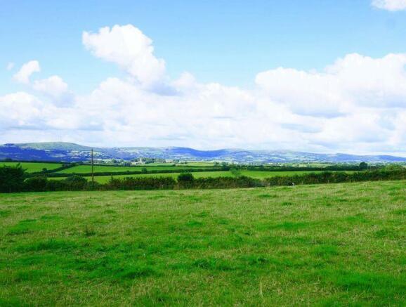 Cornish Hills ...