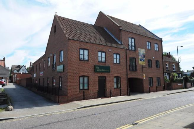 Farriers Court