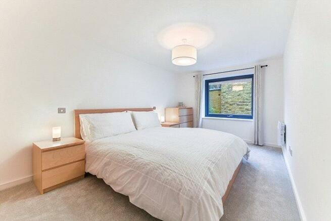 Ec1v : Bedroom